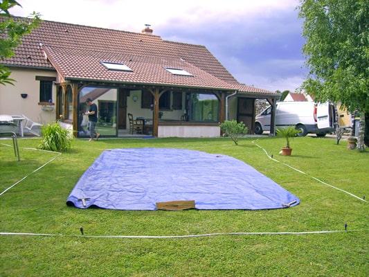 Étude d'implantation traçage bâchage au sol piscine mon de pra