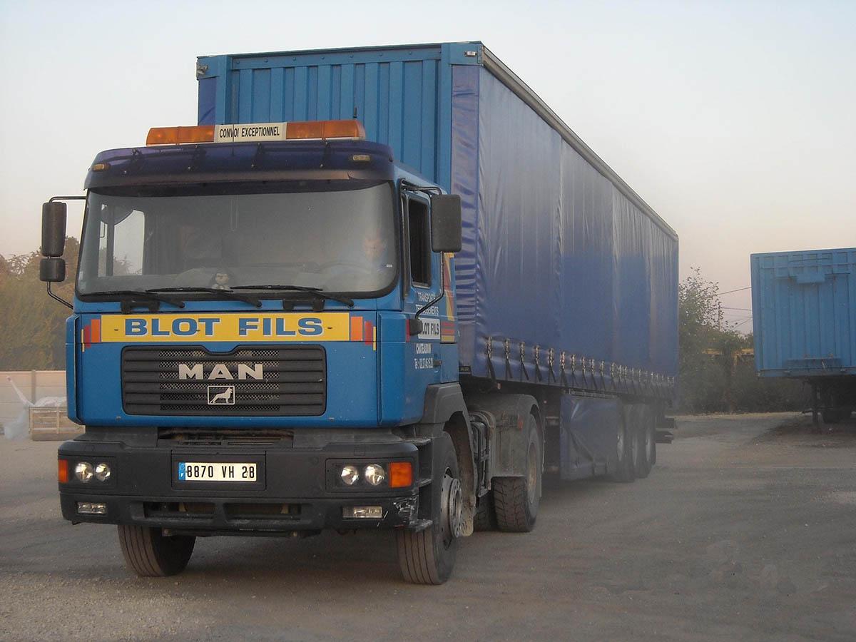 blot camion transport